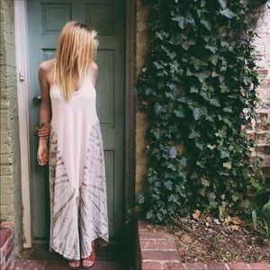 NEW LISTING‼️FREE PEOPLE Maxi Dress